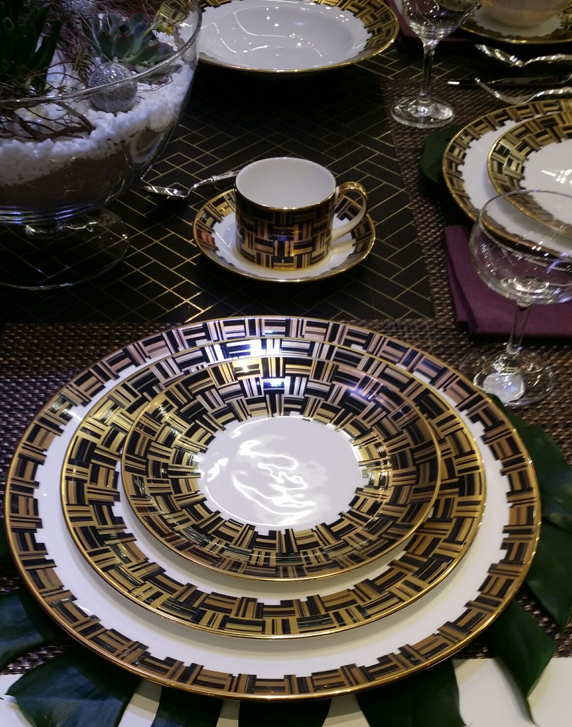 Royal Crown Derby Goes To BROADWAY with New Dinnerware Collection & Royal Crown Derby Goes To BROADWAY with New Dinnerware Collection ...